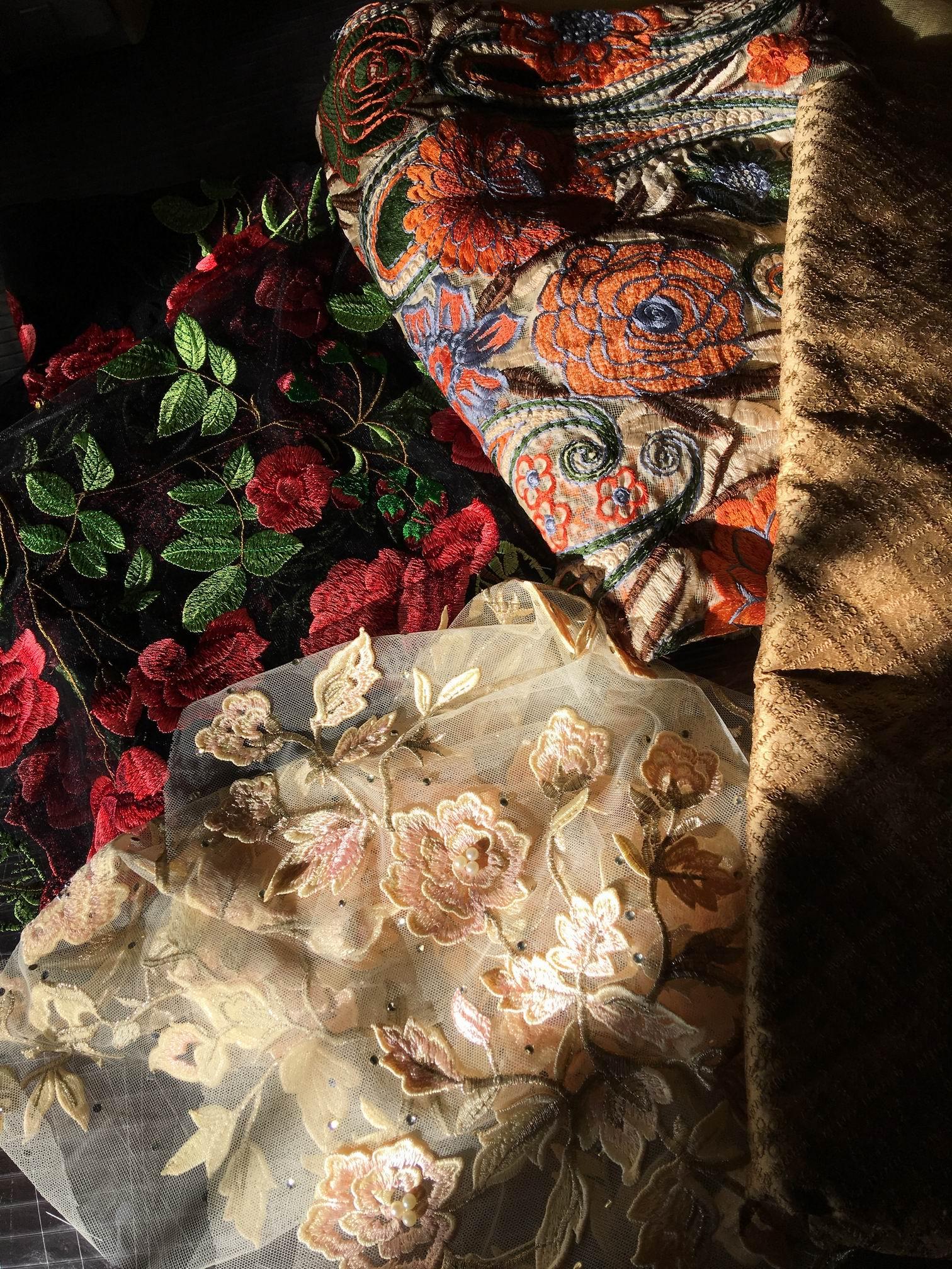 tissus brodés d'Iran